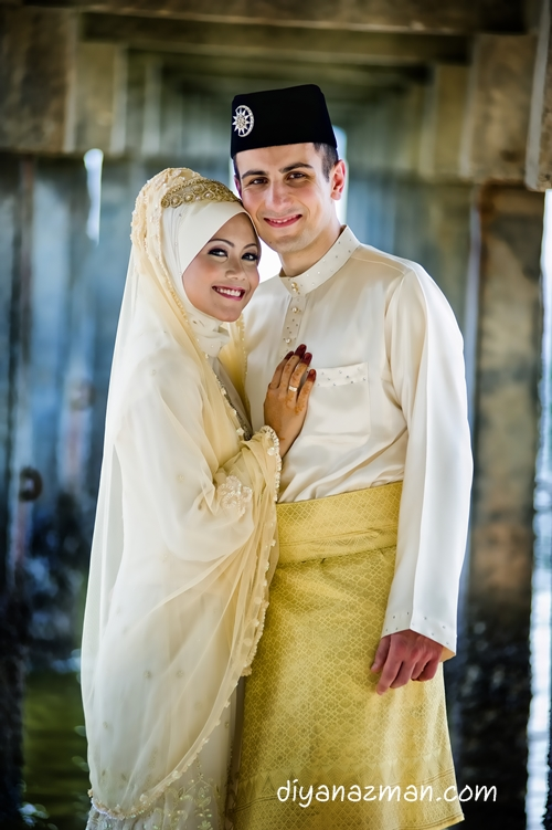 malay wedding Find and save ideas about malay wedding dress on pinterest | see more ideas about malay wedding, bad wedding dresses and baju nikah.
