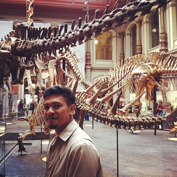Yesterday at Berlin Natural History Museum. Miki said this is so awesome! Dinosour bones yo!