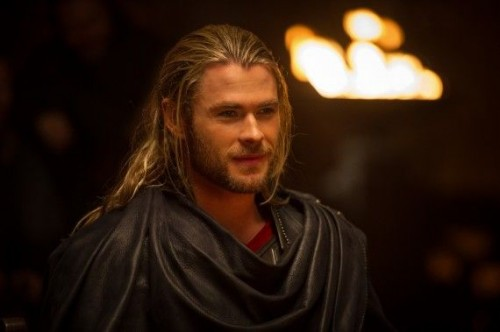 Thor-2-The-Dark-World-Official-Photo-Robes