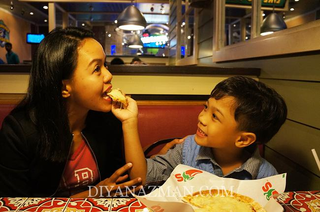 birthday luth di chillis paradigm mall
